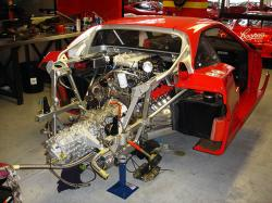 FERRARI F40 LM engine