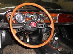 FIAT 124 1200 interior