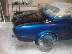 FIAT 124 blue