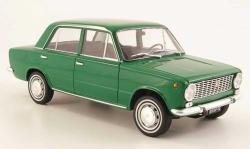 FIAT 124 green