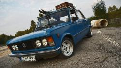 FIAT 125 blue