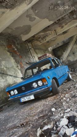 FIAT 125 silver