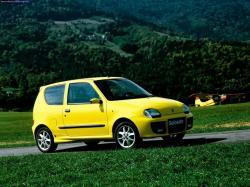 FIAT 126 600 blue