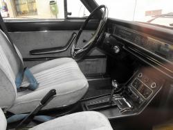FIAT 130 interior