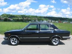 FIAT 132 black