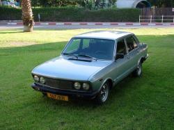 FIAT 132 blue