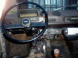 FIAT 133 interior
