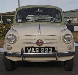 FIAT 600 white