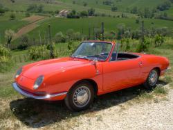 FIAT 850 red