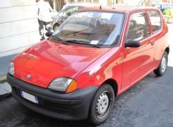 FIAT CINQUECENTO red