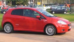 FIAT GRANDE PUNTO red