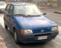 FIAT UNO blue