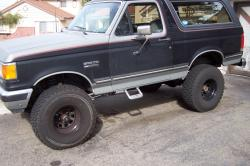 FORD BRONCO 5.8 silver