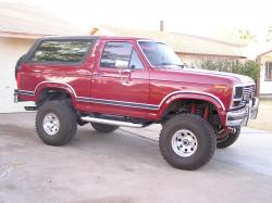 FORD BRONCO red