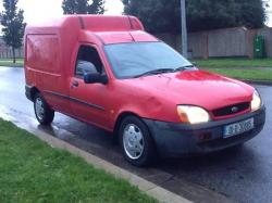 FORD COURIER 1.8 green