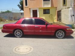 FORD CROWN VICTORIA red
