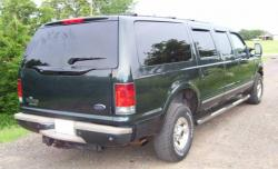 FORD EXCURSION green