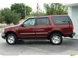 FORD EXPEDITION 4X4 red