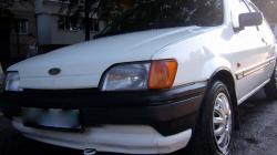 FORD FIESTA 1.1 white