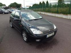 FORD FOCUS 1.4 black