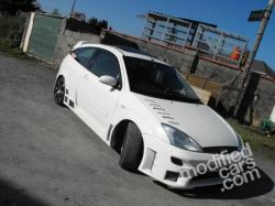 FORD FOCUS 1.4 white