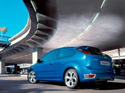 FORD FOCUS blue