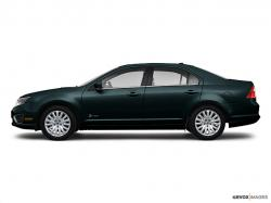 FORD FUSION green