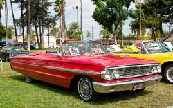 FORD GALAXIE 500 red