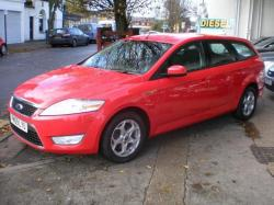 FORD MONDEO 1.8 ESTATE red