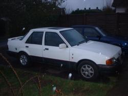 FORD ORION 1.6I white