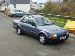 FORD ORION green