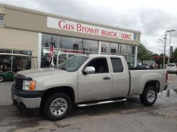 GMC SIERRA 1500 brown