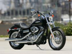 HARLEY-DAVIDSON DYNA CUSTOM engine