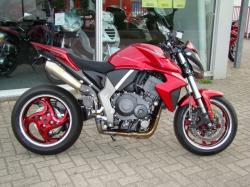 HONDA CB1000R red