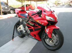 HONDA CBR 600 red