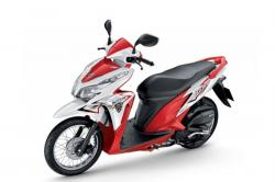 HONDA CLICK red