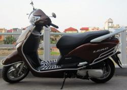 HONDA PCX brown