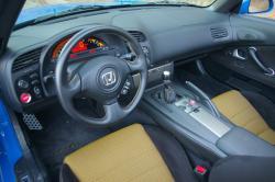 HONDA S 2000 interior