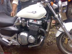 HONDA X4 white