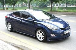 HYUNDAI ELANTRA AT blue