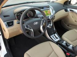 HYUNDAI ELANTRA AT interior
