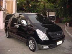 HYUNDAI GRAND STAREX black