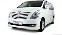 HYUNDAI GRAND STAREX white