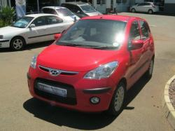 HYUNDAI I20 1.2 red
