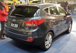 HYUNDAI IX35 black