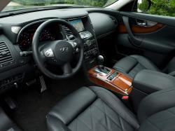 INFINITI FX 30D interior