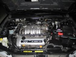 INFINITI I30 engine