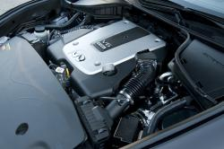 INFINITI M engine
