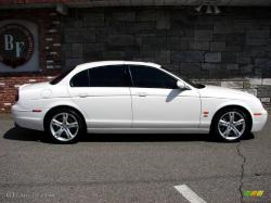 JAGUAR S-TYPE white