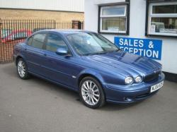 JAGUAR X-TYPE 2.0 D blue